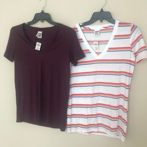 PINK Basic V Neck Tee Lot of 2 small